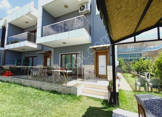 BEYAZEVLER 5+1 SATILIK VİLLA - Balkon - Teras