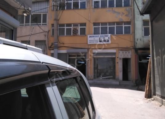 Buca Seyhan'da Satılık Dükkan - Sokak Cadde Görünümü