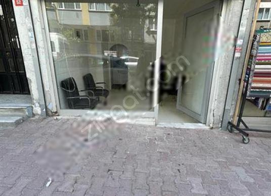 Başokur'dan Bahçelievler Siyavuşpaşa'da Kiralık Dükkan - Balkon - Teras