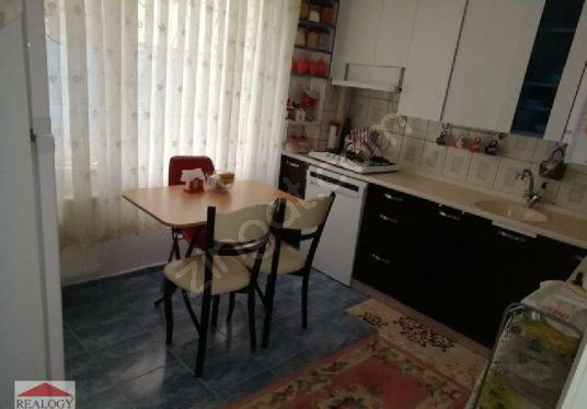 İzmir Balçova Satılık Onur Mahallesi 3+1 Bahçeli Satılık Daire - Salon