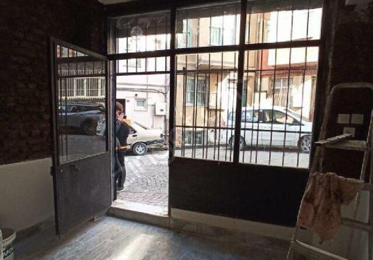 Balat içinde Dükkan-Depo-Ofis - Mutfak
