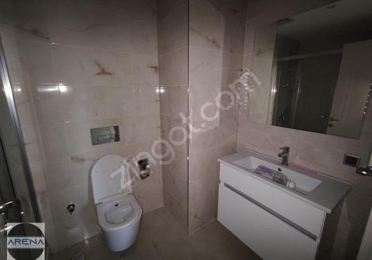 Ayazma Emlak Konutlarında 3+1 157M² Kısa Katlılarda Vadi Cepheli - Banyo