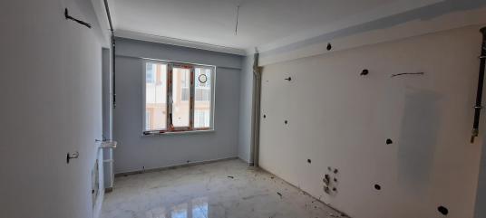 Karacabey Mecidiye Mahallesinde Satılık 3+1 Zeminkat Sıfır Daire - Antre Hol