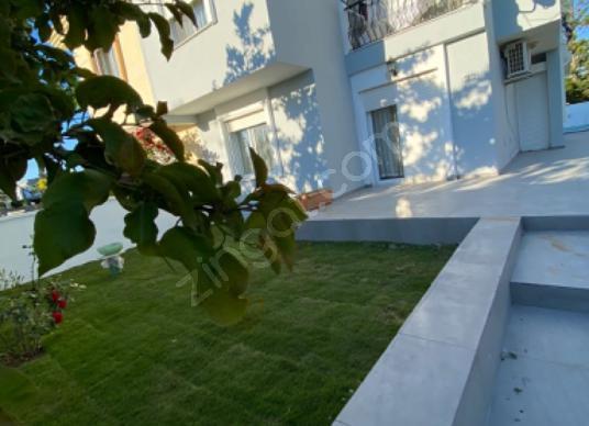 Alaçatı Göbene'de Eylül Ekim Kiralık Havuzlu Villa - Bahçe