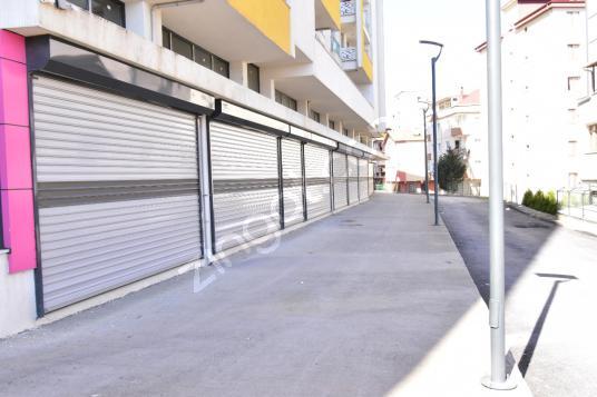 Tuzla Aydıntepe'de Kullanışlı, geniş hacimli Kiralık Dükkan - Sokak Cadde Görünümü