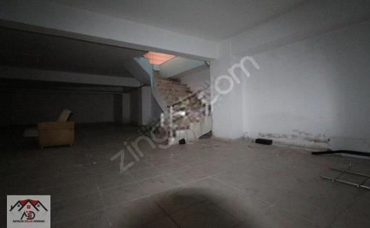 HABİBLERDE ANA CADDE UZERİ SATILIK DÜKKAN - Balkon - Teras