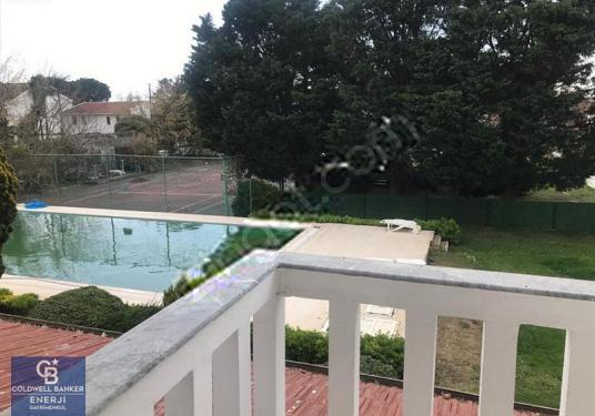 Silivri de Denize Yakın Sezonluk Kiralık Villa - Bahçe