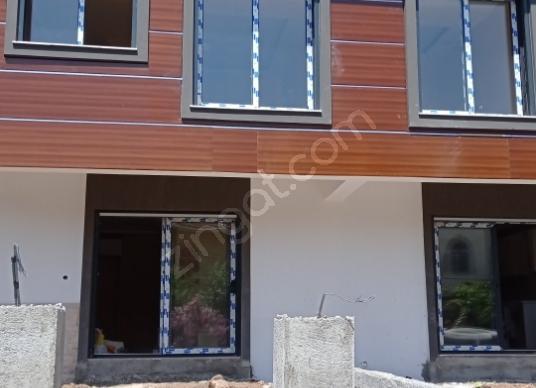 Menderes Özdere Cumhuriyet'te Satılık Villa - Dış Cephe
