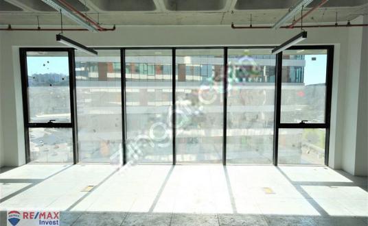 Porta Vadi Kiralık Ofis 400m2 Vadistanbul Skyland Levent Maslak - Balkon - Teras