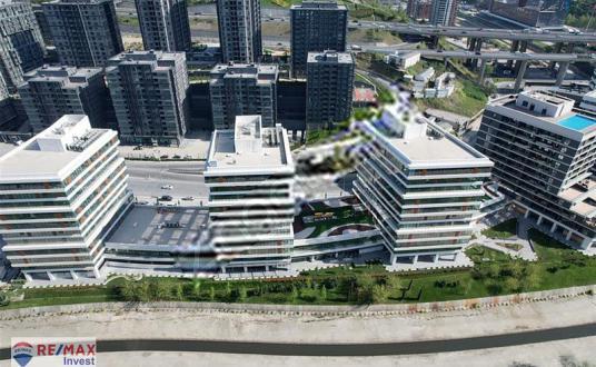 KİRALIK OFİS PORTA VADİ Skyland Seba Boulevard Vadistanbul - Site İçi Görünüm