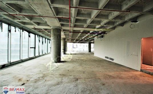 Vadistanbul Kiralık Tam Kat Ofis 1880m2+96m2 Teraslı Maslak 2 km - Kapalı Otopark