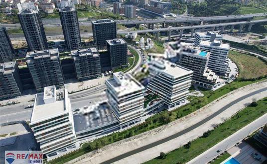 Portavadi Satılık 107m2 Ofis Vadistanbul Skyland Seba Nurol - Site İçi Görünüm