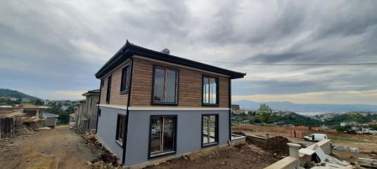 CB Akademi Gölcük Saklı Vadi Evleri Satılık 3+1 Villa - Dış Cephe