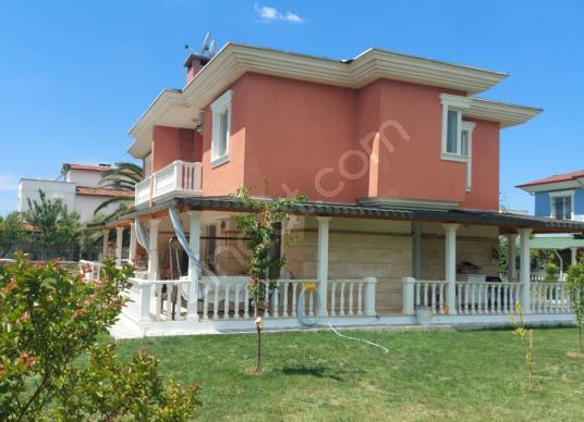 İzmir Dikili Salihleraltı Denize Sıfır Satılık 3+1 Villa - Dış Cephe