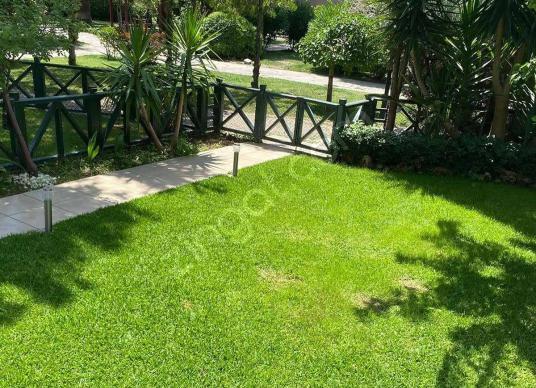 Mavişehir Villalarında Full Tadilatlı Saunalı Satılık 4+1 - Bahçe