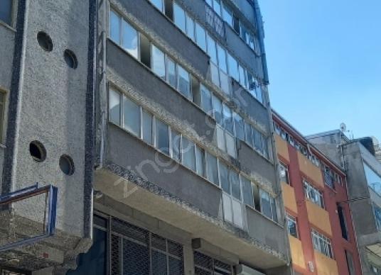 Güngören sanayide satılık 8katlı komple bina 2000m2 yük asansör - Dış Cephe
