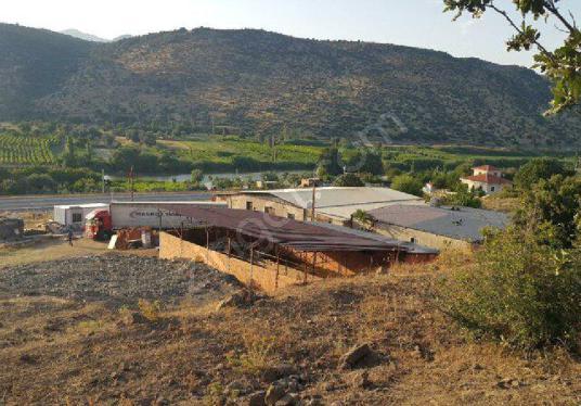Manisa Yolu'na Sıfır  11500  m2 Ticari İmara Uygun Arazi - Manzara