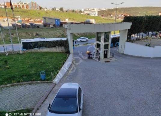 fiyaka tuzla 2 de 1+1 60 M2 Tuzla Mimar Sinan'da Kiralık Daire; - Açık Otopark
