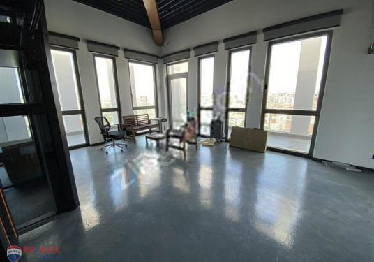 Divan Residence'ta Teraslı 350 m2 Íçten Asansörlü Dubleks Ofis - Salon