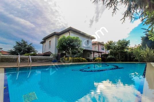 Green House'dan, 6+2, 450m2, Müstakil Havuzlu, Geniş Bahçeli. - Yüzme Havuzu