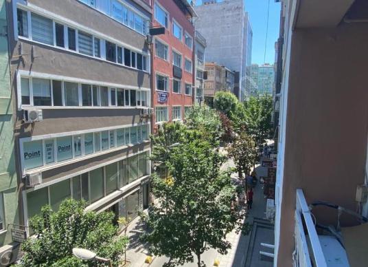 Mecidiyeköy Meydan Metro Metrobüs 5 Dakika Tertemiz Daire - undefined