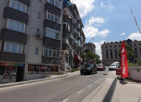 Maltepe Bağlarbaşın'da Merkezi Konumda Satılık Daire - Sokak Cadde Görünümü