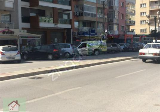 KARŞIYAKA Girne Yakını Satılık Kiracılı İşyeri - Sokak Cadde Görünümü