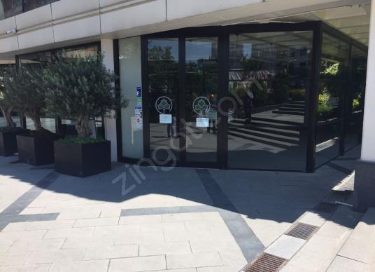 Bağlar Mah.Lüks Plaza'da Devren Kiralık Restoran - Balkon - Teras