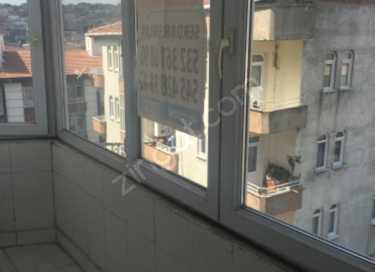 SERDAR EMALK Esenler Menderes'te Satılık Daire - Balkon - Teras