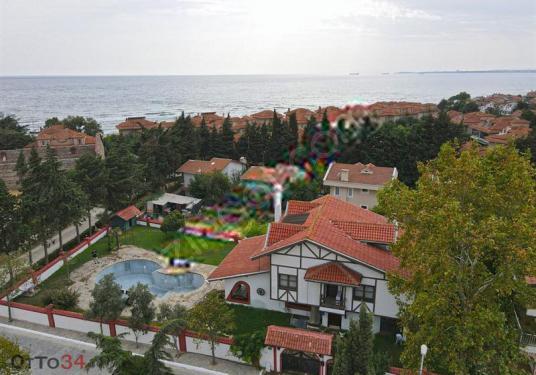 Silivri'de Çok Özel Dekorlu Denize yakın Havuzlu Müstakil Villa - Manzara