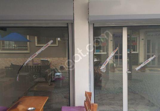 BALÇOVA SEVGİ YOLU TADİLATLI TUVALET VE LAVABOLU SATILIK DÜKKAN - Balkon - Teras