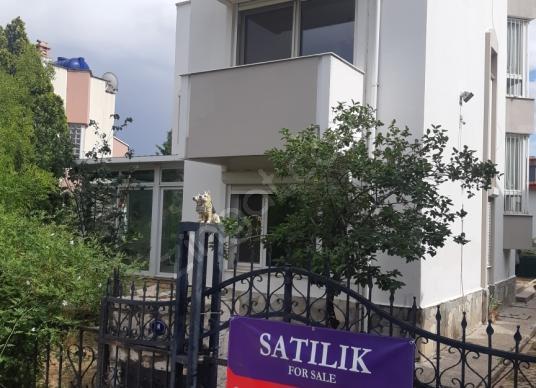 Menemen Villakent'te Ferah Satılık Villa - Dış Cephe
