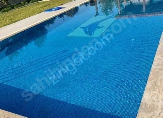 URLA KEKLİKTEPE'DE 5+1 HAVUZLU VİLLA - Yüzme Havuzu
