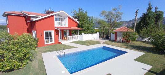 dalyan kiralık villa - Yüzme Havuzu