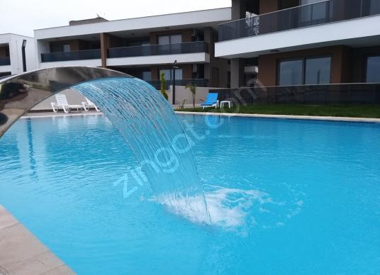 KUŞADASI LÜKS SİTE İÇİNDE SATILIK 2+1 SIFIR DAİRE - Yüzme Havuzu