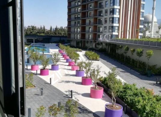 Folkart Life Peyzaj ve Havuz manzaralı Rezidans Satılık 2+1 - Bahçe