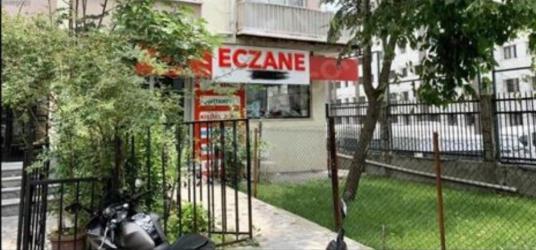İstanbul Tıp Fak. Karşısında Yatırımcıya Uygun Satılık Dükkan - Bahçe