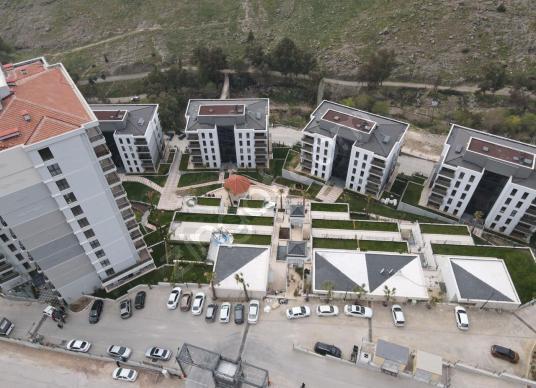 Park Yaşam Santorinide Satılık 3+1 Daire - Site İçi Görünüm