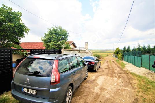 Silivri Gazitepe Eşyalı Kiralık Çiftlik Evi 4 Dönüm Arazi İçinde - Açık Otopark