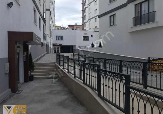 YAŞAMDAN DUMLUPINAR DA SİTE İÇİNDE KİRALIK 300m2 DEPO - Balkon - Teras
