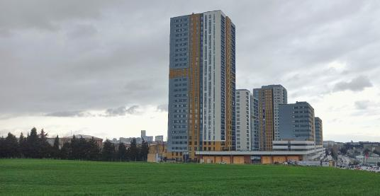 Bahçeşehir Semt Bahçekent'te Kiralık Teraslı Sıfır 2+1 Daire - Site İçi Görünüm