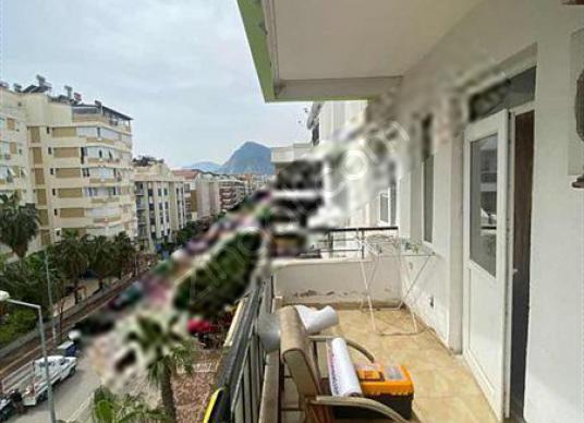 KONYAALTI PLAJLARINA YAKIN KATTA EŞYALI 1+1 DAİRE - Balkon - Teras