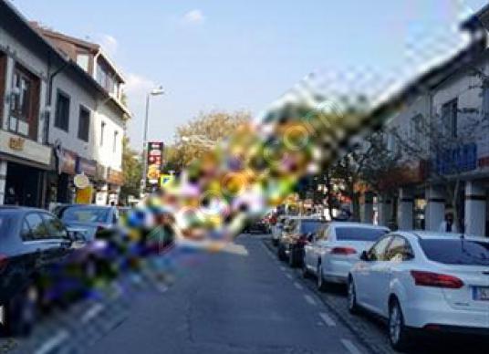 Levent'te Kiralık Giriş dükkan - Sokak Cadde Görünümü