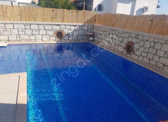 GÖKSEL GÖK SATIYOR | Alaçatı'da 4+1 Havuzlu Villa - Yüzme Havuzu