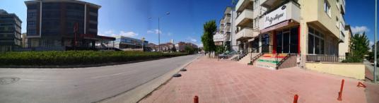 CADDE 26 EMLAK'TAN YOĞUN CADDE ÜSTÜ HAZIR KİRACILI 100m2 DÜKKAN - Sokak Cadde Görünümü