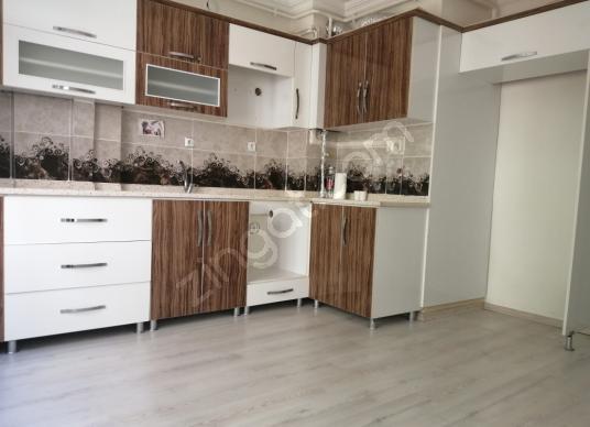 ELİF EMLAKTAN İZZETPAŞA MAHALLESİNDE 160.M2 SATILIK DAİRE - Mutfak