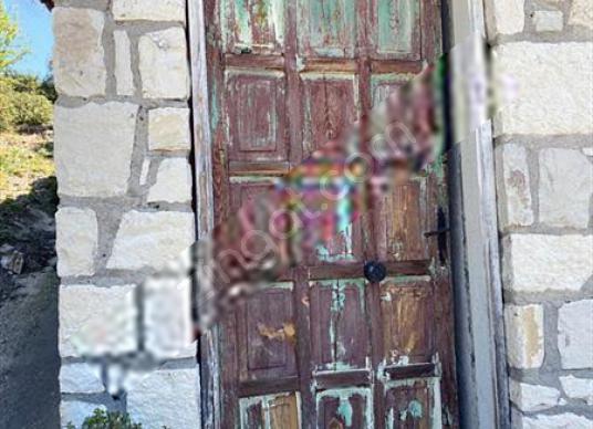 TURYAP'tan SEFERİHİSAR BEYLER'de 30 Dn ZEYTİNLİK - 2 ADET TAŞ EV - Dış Cephe