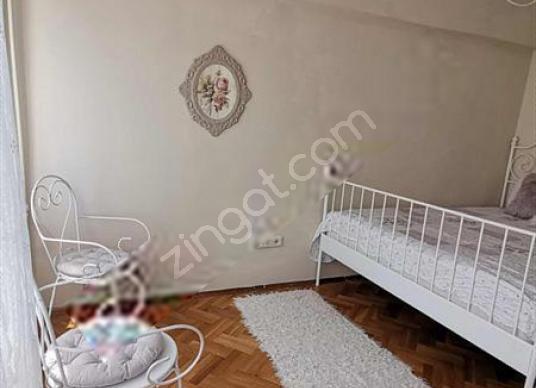 Valikonağı cad.parelelinde içi yenilenmiş daire - Çocuk Genç Odası