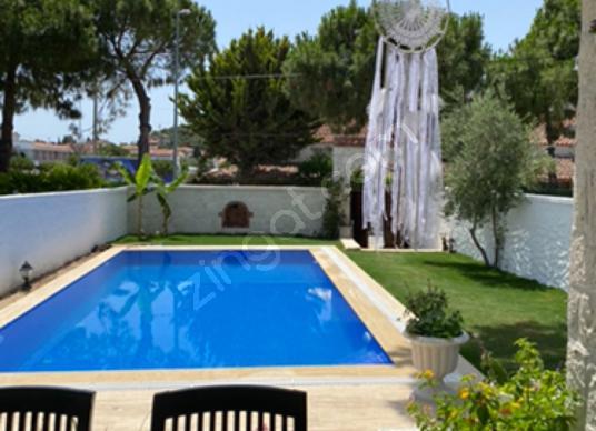 Alaçatı da Havuzlu Aylık Kiralık Villa - Yüzme Havuzu