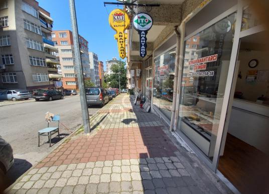 SATILIK DÜKKAN MERKEZDE CADDE ÜSTÜNDE 2 HASTANENİN ORTASINDA - Sokak Cadde Görünümü